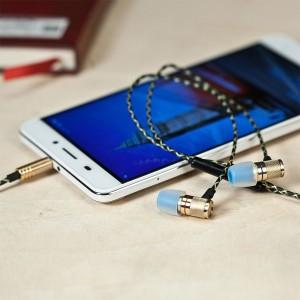 Betron D-NZ500 earphones