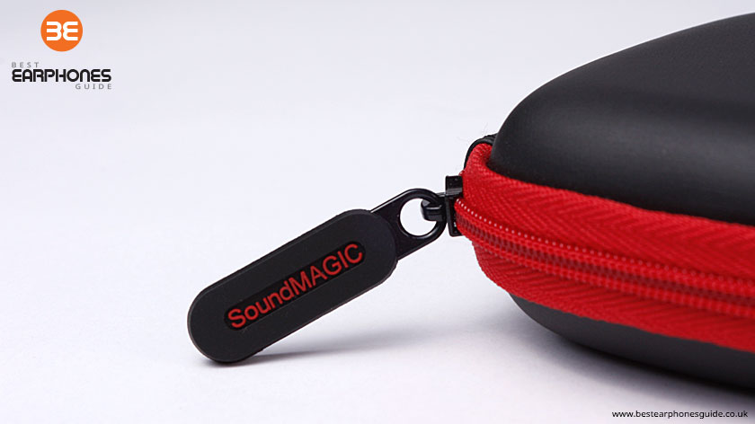 SoundMAGIC Earphones Case - Close up