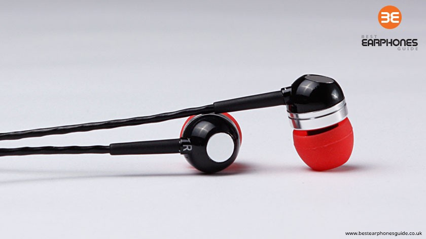 Betron RK300 earphones - pair