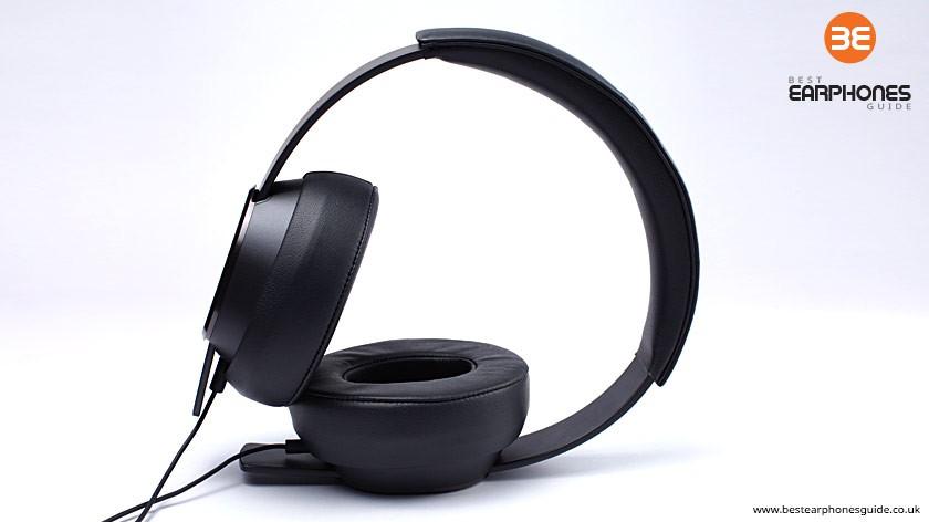 master_tracks_headphones